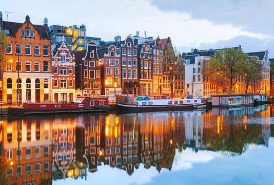1514021734امستردام.jpg